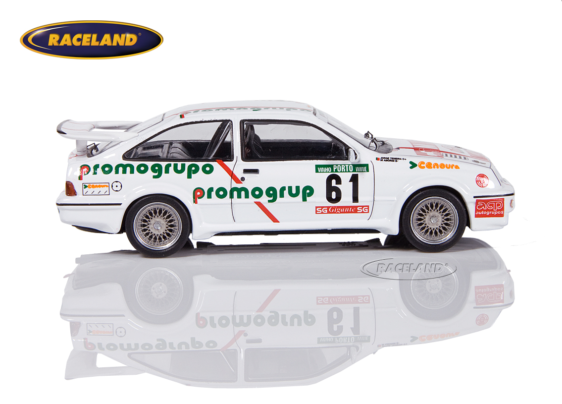 Ford Sierra RS Cosworth Promogrupo Portugal Rally 1987 Amorim/Teixeira Image 3