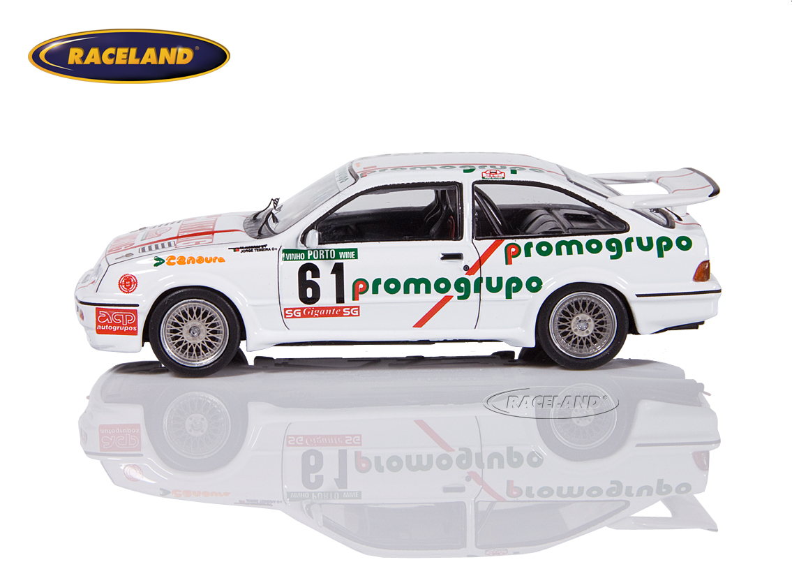 Ford Sierra RS Cosworth Promogrupo Portugal Rally 1987 Amorim/Teixeira Image 4