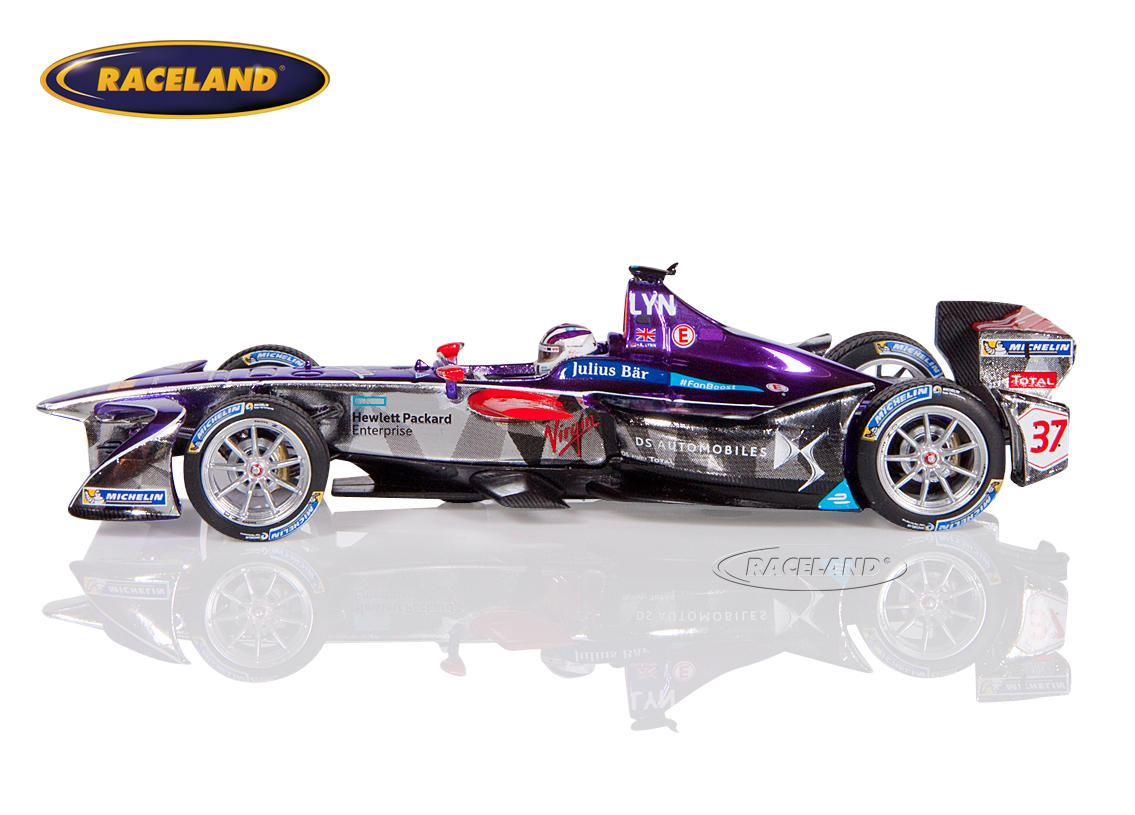 DS Virgin Racing Formula E New York 2016/2017 Alex Lynn Image 4