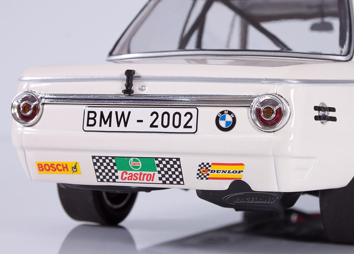 BMW 2002 tiK BMW AG winner Div.3 6H Brands Hatch ETCC 1969 Hahne/Quester Image 4